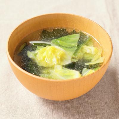 春キャベツとわかめの中華スープ