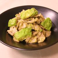 豚肉とアボカドの味噌マヨ炒め