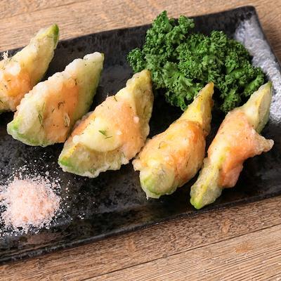 ディル入り アボカドサーモンチーズ天ぷら