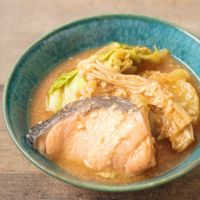 北海道の郷土料理 ピリ辛石狩鍋