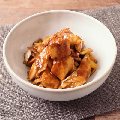 鶏むね肉と長ねぎの赤味噌炒め
