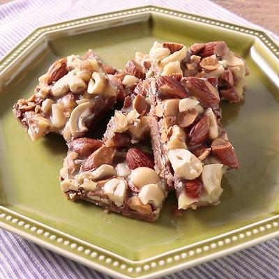 チョコレートタフィーナッツ