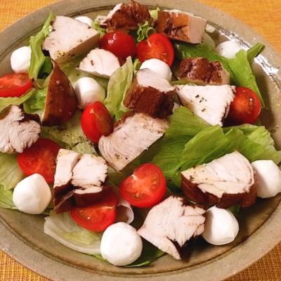 紅茶鶏の彩りサラダ