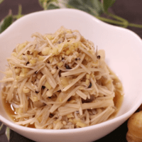 レンジで簡単常備菜!えのきとしめじの生姜煮