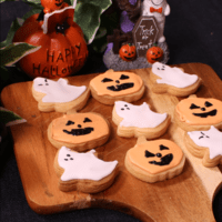 楽しくアレンジ!ハロウィンアイシングクッキー