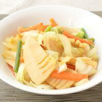 野菜を食べる にんにく風味の野菜炒め