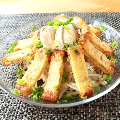 蒸し鶏ともやしの簡単サラダ