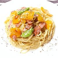 パプリカとスナップえんどうのゴルゴンゾーラスパゲティ
