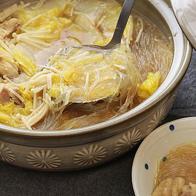 さっぱりつるつる 白菜と春雨の鶏鍋