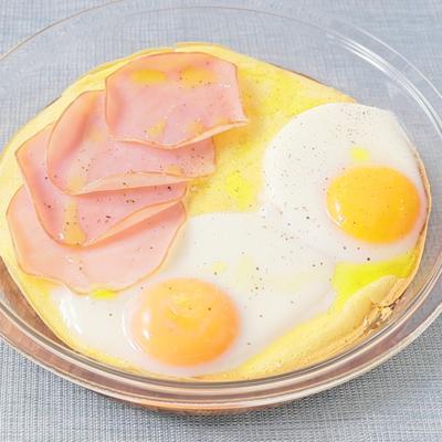 朝ごはんに ハムと卵のダッチベイビー風