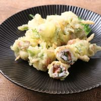 鯛と梅肉大葉の天ぷら