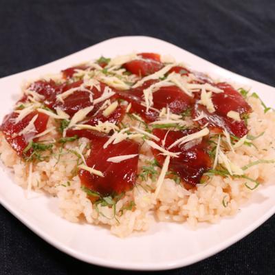 志摩地方の郷土料理 マグロのてこね寿司