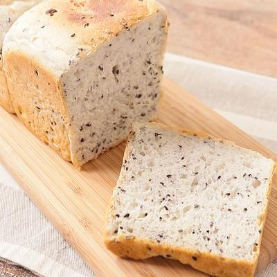 卵・乳製品不使用 黒ごまポテト食パン