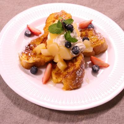 ハッピーな朝食!フランスパンでフレンチトースト