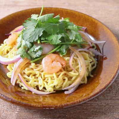 エスニック中華麺