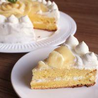 特別な日に 桃のデコレーションケーキ