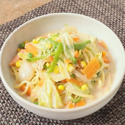 沖縄そばでつくる 野菜ちゃんぽん風