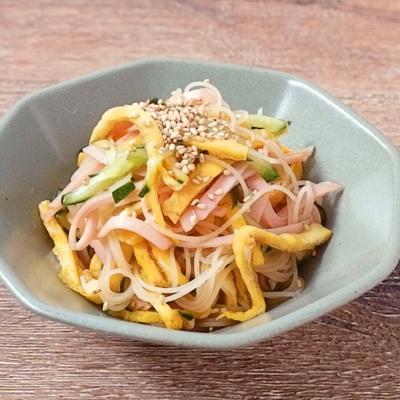ビーフンで 中華風サラダ