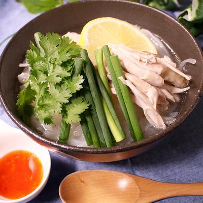 ベトナムの人気麺料理!フォー‼︎