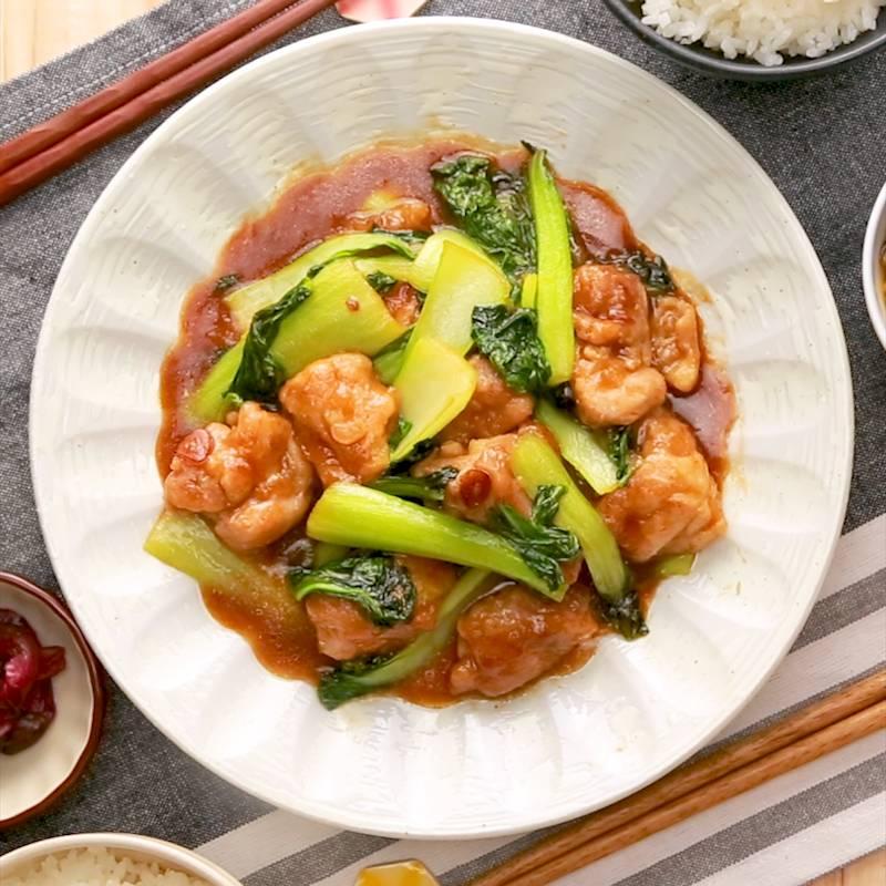 チンゲン菜と鶏肉のオイスター炒め