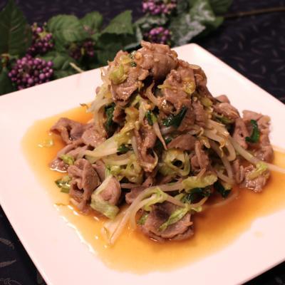甘辛だれがたまらない!ジンギスカン風ラム肉の野菜炒め