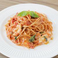 モッツァレラとバジル香る トマトスパゲティ