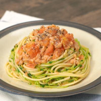 豆苗でかさ増し 旨味たっぷりトマトツナパスタ