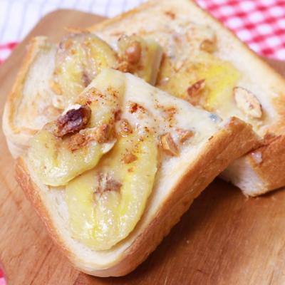ブルーチーズとバナナのスイーツトースト