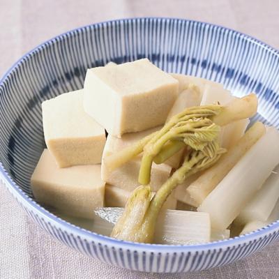 ウドと高野豆腐の煮物