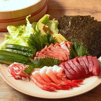 みんなでワイワイ楽しい!手巻き寿司