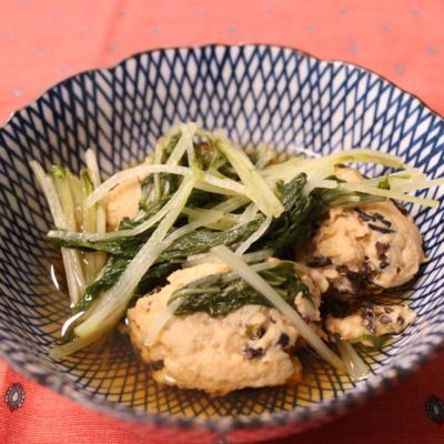 黒酢でサッパリひじきとつくねの煮物