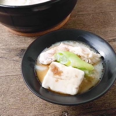 重曹でやわらか鶏むね肉の湯豆腐