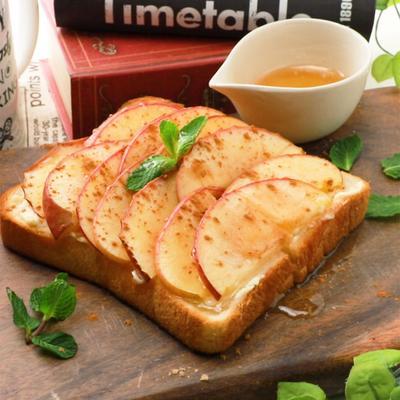ハニーアップルチーズトースト