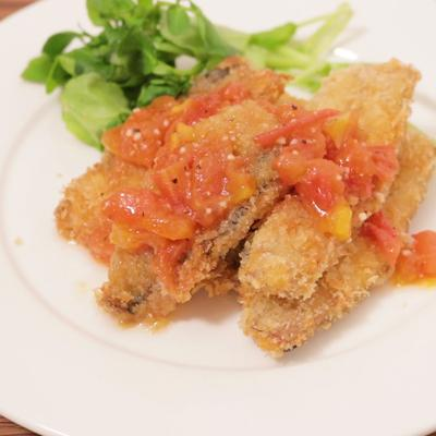 トマトソースでサッパリ イタリアン風サンマフライ