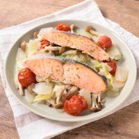 野菜たっぷり塩鮭の洋風フライパン蒸し焼き