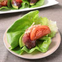 カツオのサラダ菜巻き
