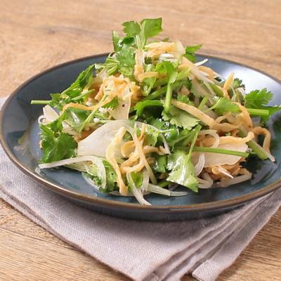 切り干し大根とパクチーのエスニック風サラダ