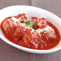 トマトソースの手作りミートボール