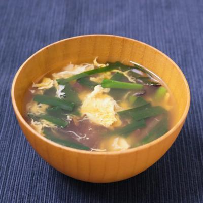 キクラゲとニラの卵スープ