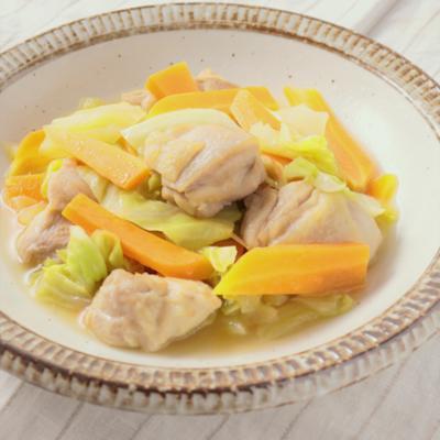 優しい味 春キャベツと鶏もも肉のバターしょうゆ煮