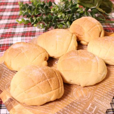 ロールパンが変身!?簡単メロンパン