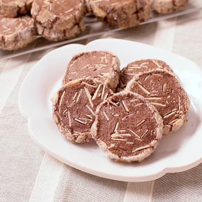 アーモンドココアのアイスボックスクッキー