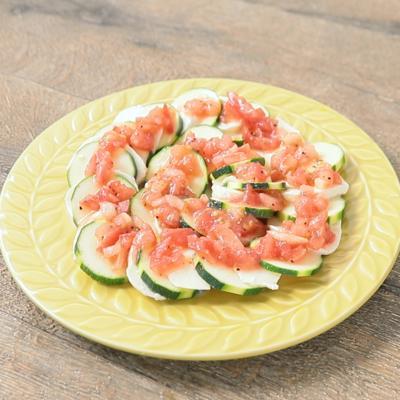 簡単おしゃれ ズッキーニのカプレーゼ風サラダ