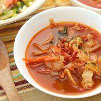 ピリ辛 豚バラ肉のクッパ風スープ