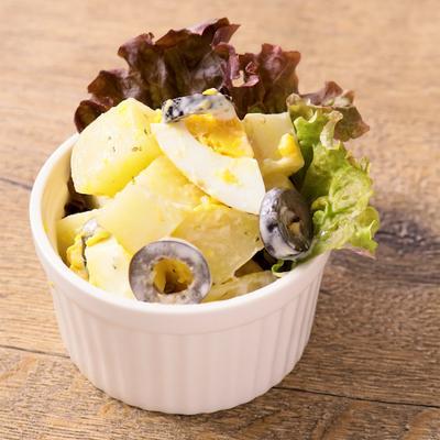 レンジで簡単 じゃがいもと卵のサラダ