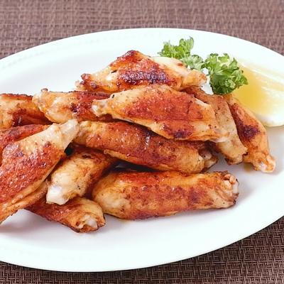 鶏手羽中のスパイシー塩焼き