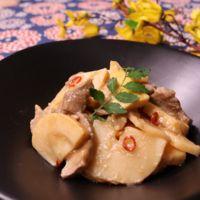 秋の味覚♪ 豚肉とタケノコの味噌炒め