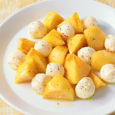 柿とモッツァレラのカプレーゼ風