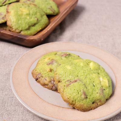 抹茶とダブルチョコレートのドロップクッキー