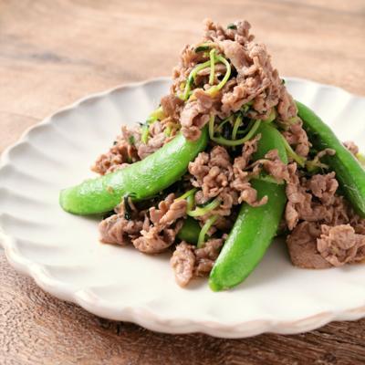 牛肉とスナップえんどうと豆苗の甘辛炒め
